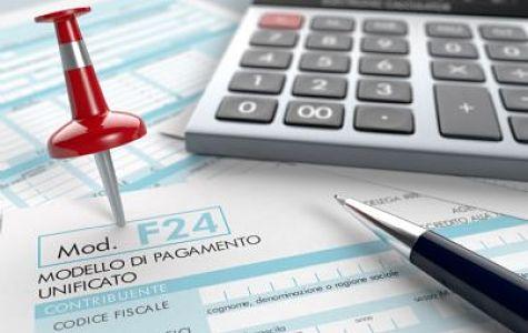 Compensazione modello f24 bonus renzi con home banking for Bonus arredi agenzia entrate