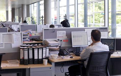 Pensioni, ai medici 4mila euro, ai docenti 1300 euro al mese