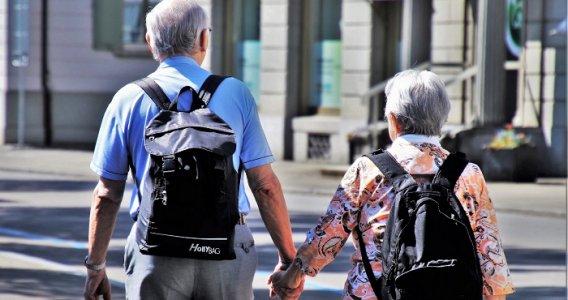 Pensione a 64 anni: un'opportunità per pochi lavoratori, i sindacati chiedono novità